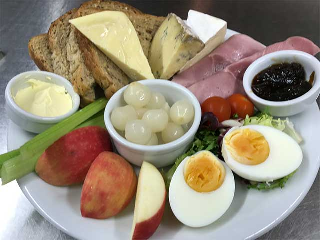 Ploughmans Lunch at the Trooper Inn